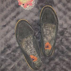 Flat slip on shoes 8.5M